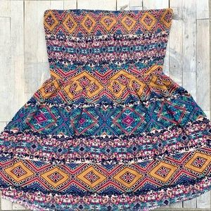 Forever 21 Strapless Boho Top Size Large